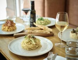 Fine Dining at La Bottega 13 – Deli & Wine Bar
